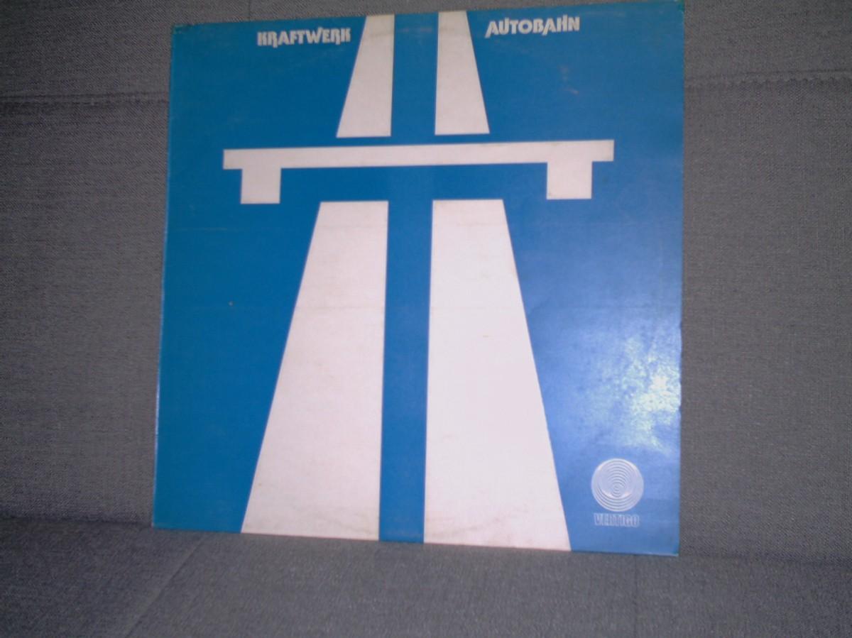 4. KRAFTWERK – AUTOBAHN(1974)